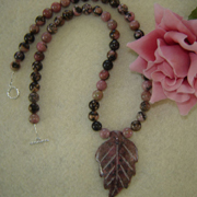 Rhodonite Gemstone Beaded Necklace With Leaf Pendant