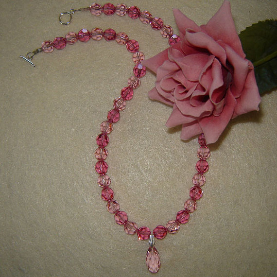 Swarovski Rose Beaded Necklace With Pendant